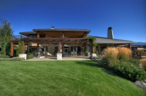 black-hawk-contracting-and-design-house